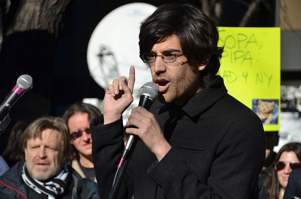 Aaron Swartz vs Ley SOPA